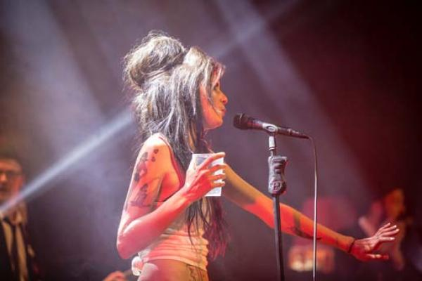 27.03.2020 -  A TRIBUTE TO AMY - TRIBUTE TO AMY WINEHOUSE